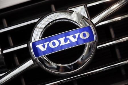 volvo-logo-seen-during-preparations-2014-la-auto-show-los-angeles